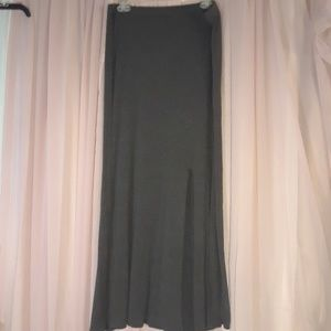 💎Mossimo Grey Maxi Skirt with Slit Size L